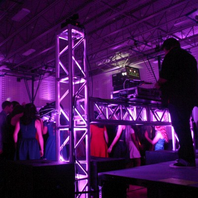 Wedding: DJS Truss Lighting Up-Lighting